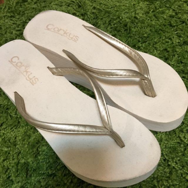 降價✨厚底金色拖鞋