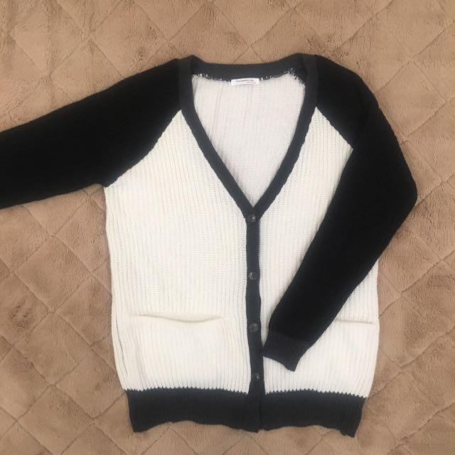 韓國製擁懶寬鬆長版針織黑白色系灰色邊配色外套