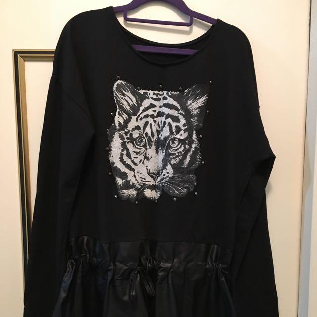 黑色拼接洋裝