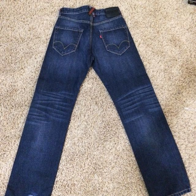 Authentic Levi's Red Loop