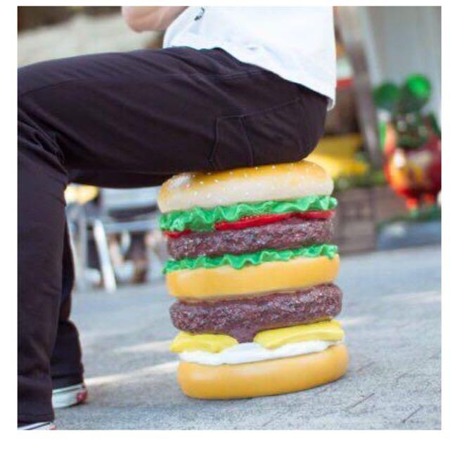 (現貨)Hamburger Stool 80盎司牛肉漢堡椅