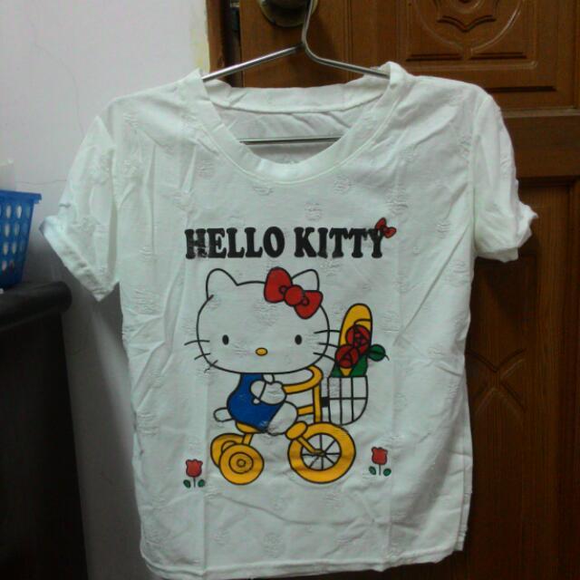 Hello Kitty圖案上衣