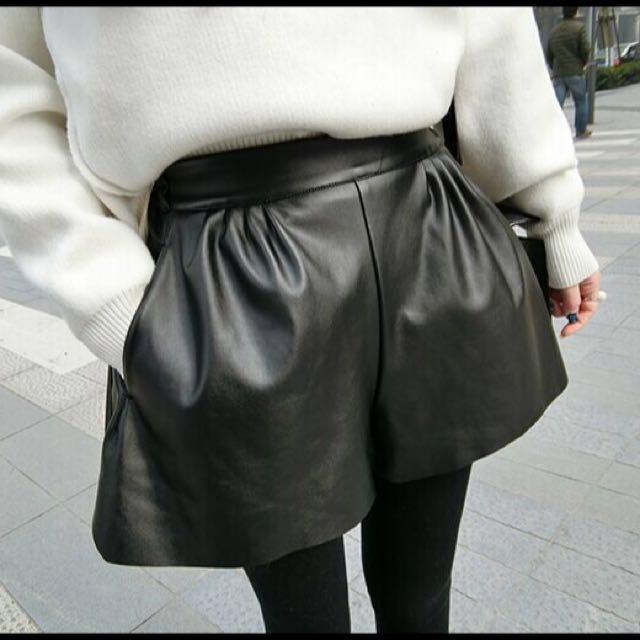 0112✨高腰包臀皮質短褲