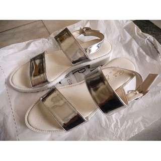 喜歡可議-MIT台灣製銀色繫帶扣環涼鞋23號(36)