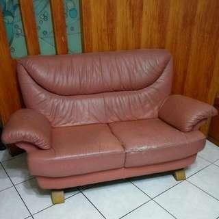 降價囉!中古全牛皮兩人座橘色沙發  贈送全新皮革保養組