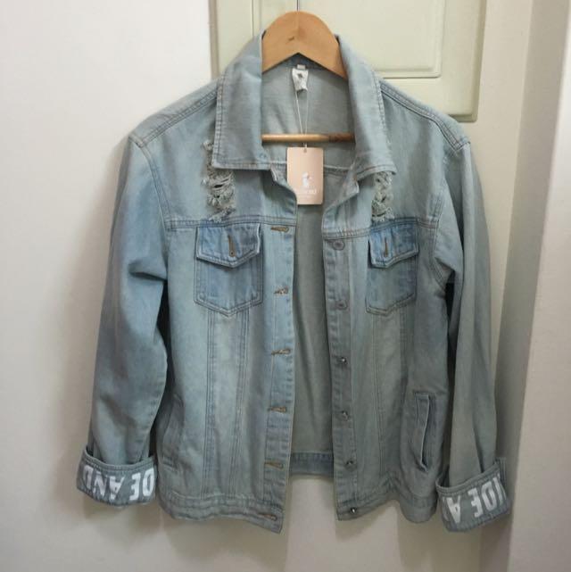 全新✔️淺藍牛仔外套