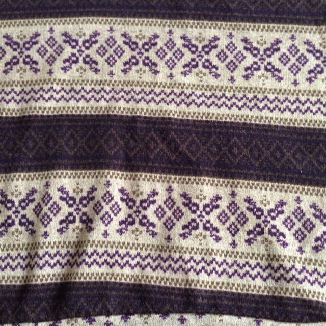 Cropped small christmas sweater