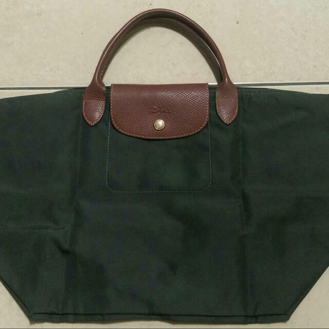 「保留中」正品Longchamp,短把墨綠色L ,900元