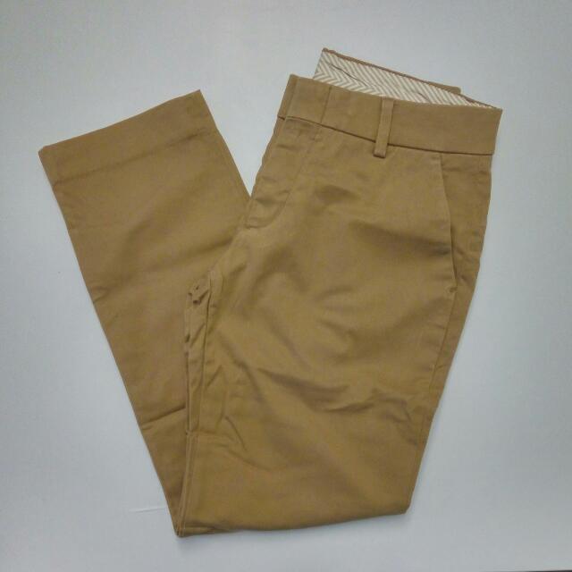 Uniqlo Women Ankle Length Brown Khaki Pants