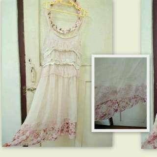 日系碎花洋裝 裙 蕾絲 可愛