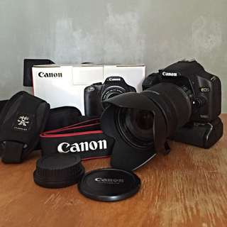 Canon EOS 500D with Accessories And Lens