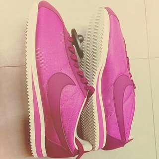 阿甘鞋    9號 粉紅  全新