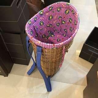民宿丶民風茶芸可收藏可實用~茶馬古道少數民族手編揹娃娃的大竹簍