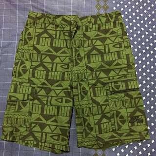 nike 黑綠幾何圖形短褲降價售