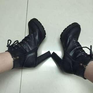 黑靴(可議