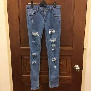全新刷破牛仔褲