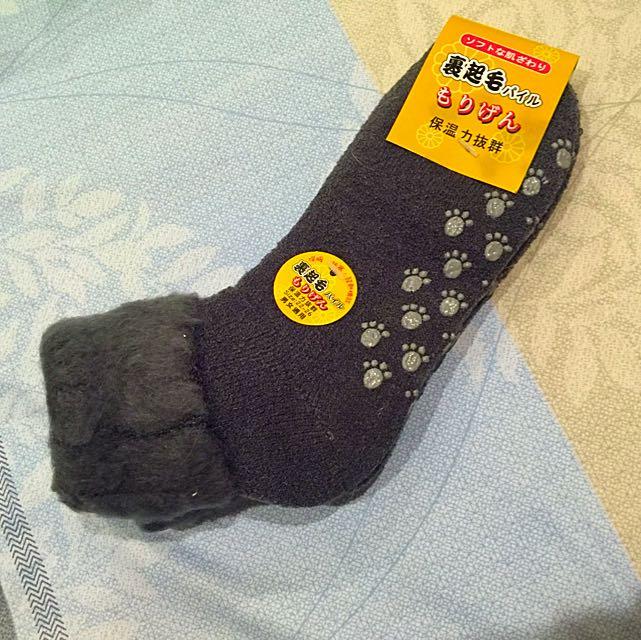 ☺️暖冬最佳陪伴☺️裹裏毛毛襪😊