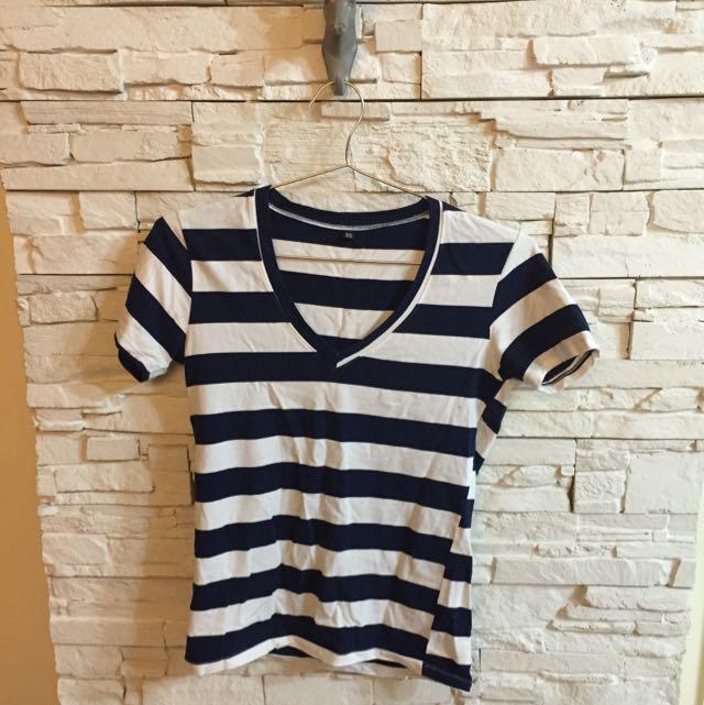 條紋 深藍 百搭 v領  Tee T-shirt