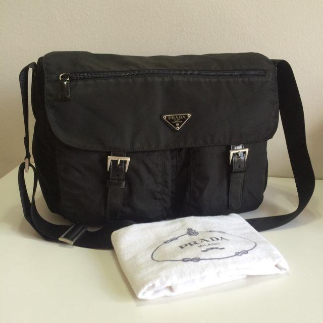 49f327bc049d6 Booked ) Authentic Prada Tessuto Nylon Large Messenger Bag