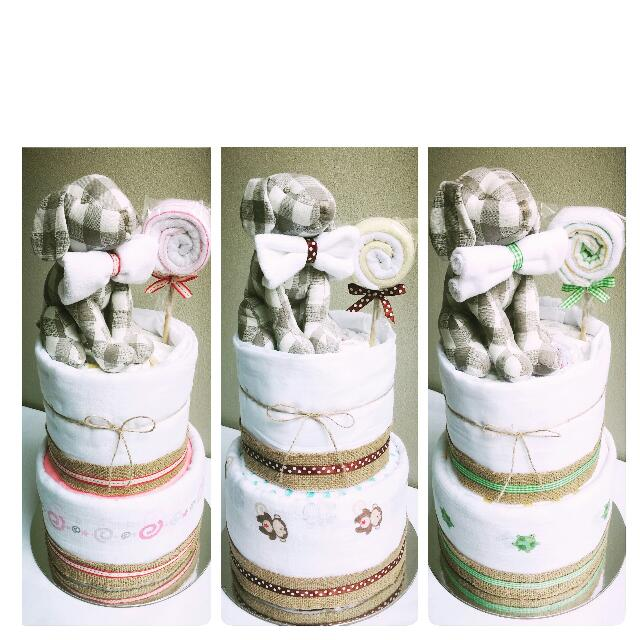 Classic Lollipop 2-Tier Nappy CakeDesign
