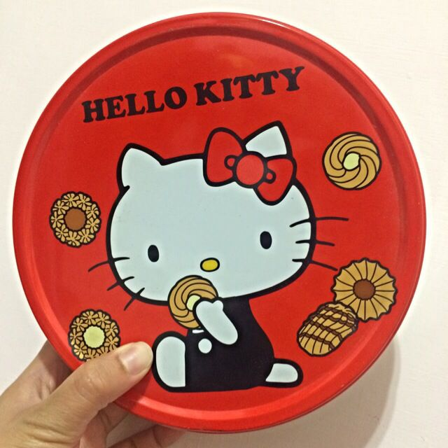 Hello Kitty 鐵盒