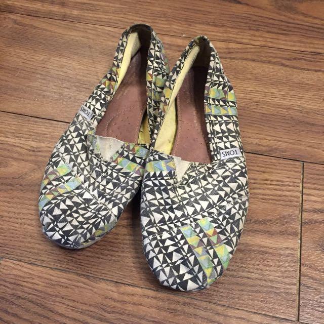 TOMS鞋39號