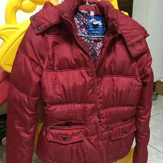 超好看 Zara 紅色羽絨外套