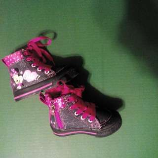 New Baby Sz 5 Minnie Mouse Shoes