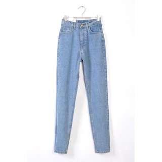 (保留中)復古高腰水洗牛仔褲