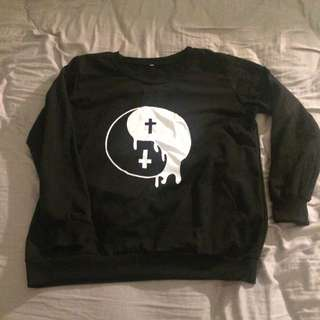 Black Jumper yin yang Cross Jumper