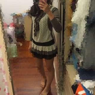 9成新 冬天洋裝👗 附小圍巾