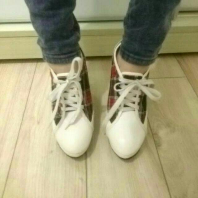 近全新-紅色高跟鞋(尺寸35)