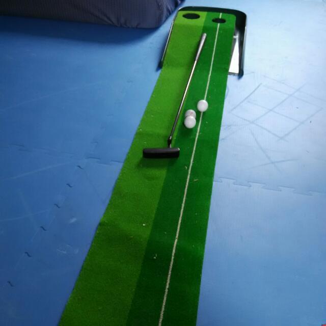高爾夫球推桿練習毯,加推桿一支,球三顆