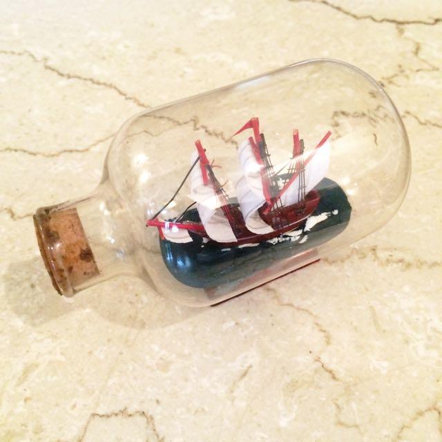 [ 全新 ] 小小瓶中船