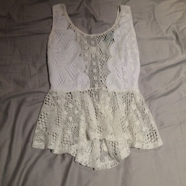 Beautiful White Lace Beach Crop / Mid Top