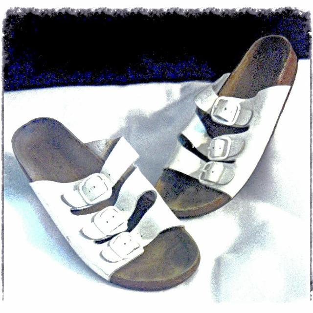 Girls Sz 4 Leather Sandals
