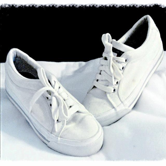 Girls Sz 5 Shoes