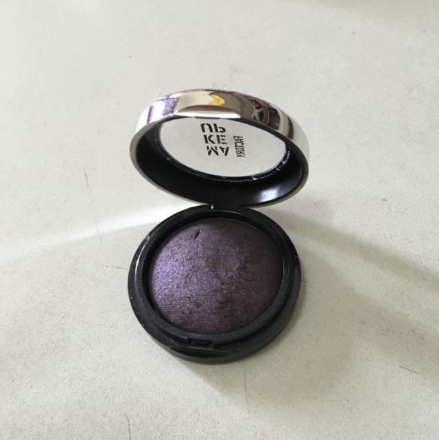 make up factory dark purple eye shadow