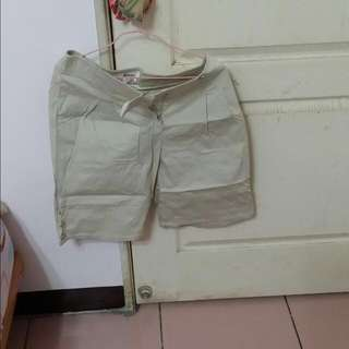 淺色 五分褲 短褲