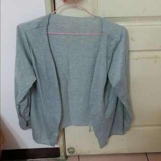 灰色 薄外套 長袖
