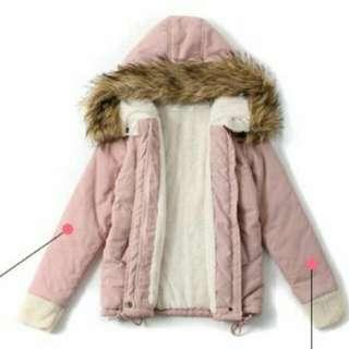 蓬厚毛領連帽內裡羊羔毛舖棉外套