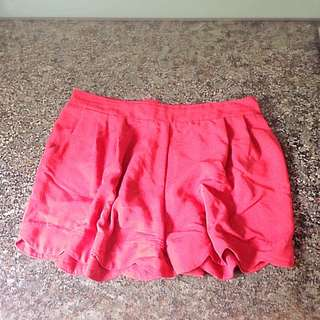 High Waisted Scallop Shorts