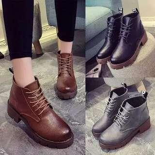 1200預購 歐美中跟短靴粗跟英倫復古系帶短靴