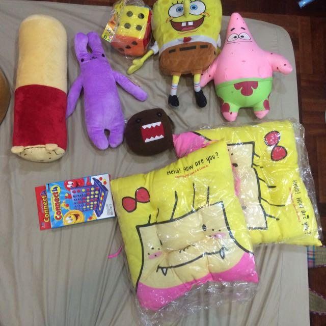 各式絨毛玩具雜物