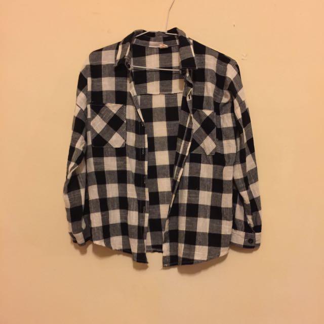 黑白格紋襯衫