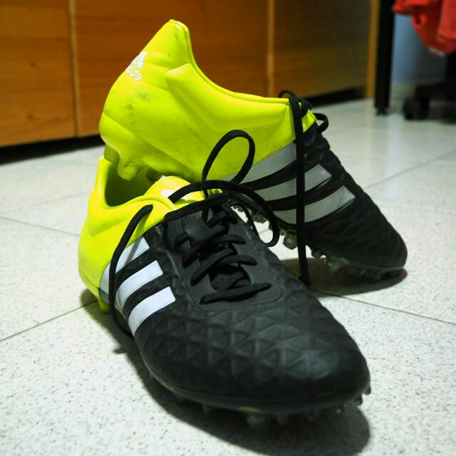 huge selection of 95a53 310dd Adidas ACE 15.2 Size 9.5 US