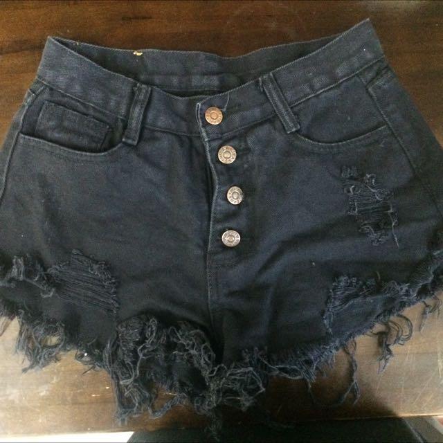 排釦黑色短褲m