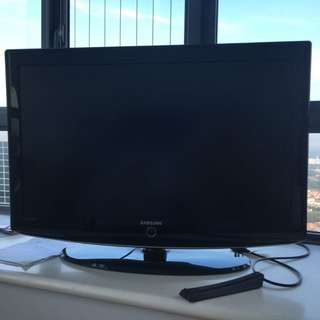 "Samsung LCD TV 37"""