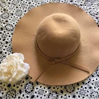 PENDING // Felt Hat