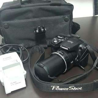 Canon PowerShot SX500 IS.